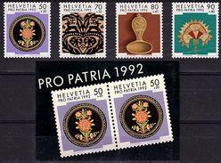 CH  123 - SUISSE 1 Série De 4 Timbres N°1399/1402 + 1 Carnet De 10 Timbres (2X5) N°1399 Neufs** - Switzerland