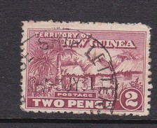 New Guinea SG 127 1925-28 Native Village Two Pennies Claret Used - Papoea-Nieuw-Guinea