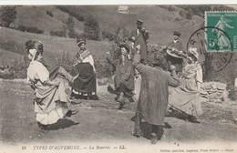 DANSE  - CPA  AUVERGNE  -  LA BOURREE - Danses