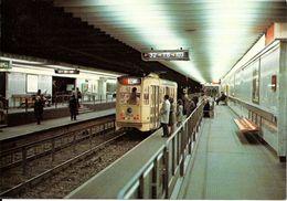 Bruxelles (1000) : Métro De Bruxelles, En Version Prémétro - Ligne 2, Station Arts-Loi. CPSM. - Transport Urbain Souterrain