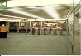 Bruxelles (1000) : Métro De Bruxelles, En Version Prémétro - Ligne 1, Station De Brouckère - Mezzanine. CPSM. - Transport Urbain Souterrain