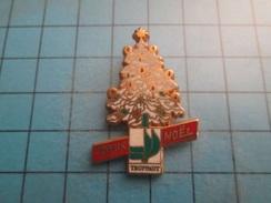 Pin712c Pin´s Pins / Beau Et Rare : SAPIN DE NOEL TRUFFAUD   / Marquage Au Dos : - DORE A L'OR FIN TIRAGE LIMITE BALLARD - Christmas