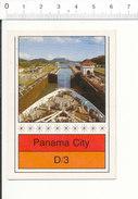 Canal De Panama - Un Bateau Dans L'écluse De Miraflores  IM 51/28-B - Vieux Papiers