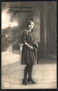 A4909 - Alte Glückwunschkarte - Hübsches Junges Mädchen - Pretty Young Girl - Mode Kleid Lange Haare Schleife - Mode