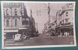 ADELAIDE - Rundle Street - Old Cars - Adelaide