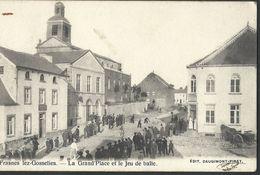 ** CPA - FRASNES LEZ GOSSELIES - La Grand'Place Et Le Jeu De Balle   // - Les Bons Villers