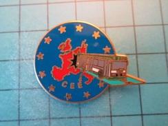 Pin513a Pin's Pins / BUS AUTOBUS CAR AUTOCAR  , Belle Qualité !!!    Marquage Au Dos : BALLARD - Transportation