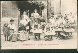 Groupe D'ouvriers Sandaliers - Mauleon Licharre