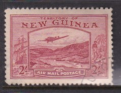 New Guinea SG 222 1939 Bulolo Goldfields Two Shillings Dull Lake Used - Papoea-Nieuw-Guinea