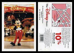 Lot De 2 CP Pub Quasiment Identiques (mais Donc Différentes !) - Disney Store Paris - Mickey Mouse - Walt Disney - Musique Et Musiciens