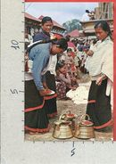 CARTOLINA NV NEPAL - Typical Women Of Kathmandu Valley Preparing For Worship - 9 X 14 - Nepal