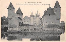 71 - La Clayette - Le Château Vu De La Route De Charolles - France