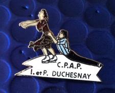 Pin's Patinage Artistique . I Et P Duchesnay . Superbe Egf - Skating (Figure)