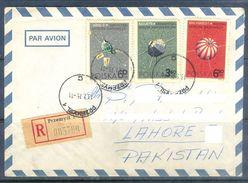 D645- Old & Rare Cover Of Poland. Polska. Space. Post To Pakistan. - Poland