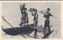 OCEANIE---ILE CAROLINES--retour De Pêche --voir 2 Scans - Cartes Postales