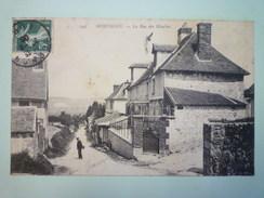 MONTIGNY-le-Bretonneux  (Yvelines)  :  La Rue Des MOULINS    - Montigny Le Bretonneux