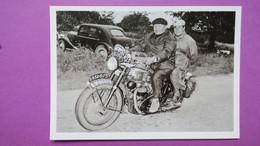 """CPA  Reproduction - Photographie Des Motards """"  L'Equipe """" Du Tour De France 1956 - Motos"""