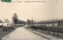 59 CASSEL  La Route De St-Omer Et Les Moulins - Cassel