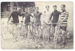 Cpa Carte-photo Groupe De Cyclistes ( Région Avignon ) ( SPO ) - Radsport