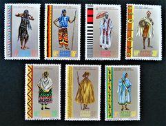 COSTUMES REGIONAUX 1968 - NEUFS ** - YT 520/26 - MI 599/05 - BORDS DE FEUILLES - Etiopia