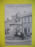 CPA  Fontaine Du Grand Sablon à Bruxelles Où S'amuse Des Enfants - Monuments