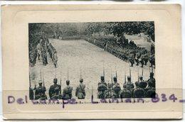 -- SAINT-PAUL-TROIS-CHATEAUX - Place Notre Dame Une Revue Du 157 éme Rgt D'Infanterie, écrite Par Un Militaire, Scans - Autres Communes