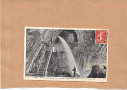 BAUME LES MESSIEURS - 39 - L'Entrée Des Grottes Et La Grande Cascade  - LYO86 - - Baume-les-Messieurs