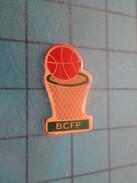 Pin917 Pin´s Pins / CLUB DE BASKET-BALL PANIER BALLON  BCFP - Basketball