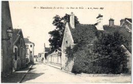 94 MANDRES - La Rue De Bry   (Recto/Verso) - Mandres Les Roses