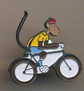 PINS-pin's-Singe Sur Un Vélo-singe Cycliste-monkey-babar Characters 1990 L. De Brunhoff - Animaux