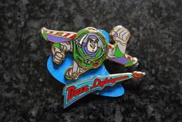 DLRP - Pin Trading Starter Kit For Boys (Buzz Lightyear)  Open Edition - Disney