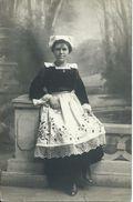 """Carte-photo """"Le Merdy"""" Concarneau.Femme /costume/coiffe. - Concarneau"""