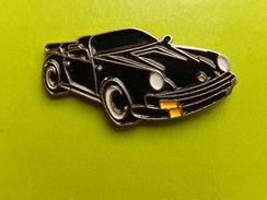 Pin´s -   AUTOMOBILE  -  PORSCHE 911 NOIRE DECAPOTABLE - Porsche