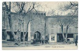 CPA - TRETS, PORTAIL DE POURRIERES - Bouches Du Rhône 13 - Animée, Commerces - Edit. Honorat - Trets
