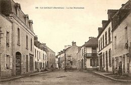 La Gacilly - La Rue Montauban - La Gacilly