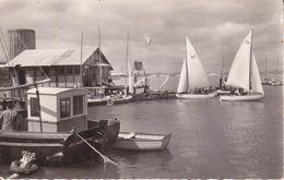 CPSM/pf (14)  DIVES-sur-MER.  Le Port Entre Houlgate Et Cabourg. ..F711 - Dives