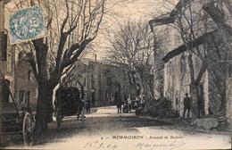 CPA.- FRANCE -  Mormoiron Est Situé Dans Le Dép. De Vaucluse - Avenue De Bédoin Animée - Daté 1904 - TBE - Mormoiron