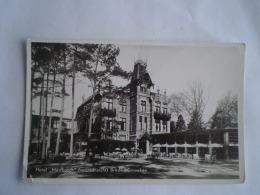 Breda - Ginneken // Vooraanzicht Hotel Mastbosch (zie Je Niet Veel)  19?? - Breda