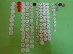 Lot De Boutons Anciens (+110g) Verre Lot 2 - Buttons