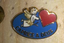Pin' S FROMAGE   CAPRICE DES DIEUX   / CAPRICE A DEUX    Gravé Pour Un Mariage   P8+ - Food