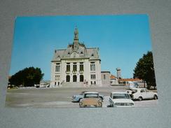 CPM, Carte Postale, Nord 59, Aulnoye L'Hotel De Ville, Voitures Autos DS - Aulnoye