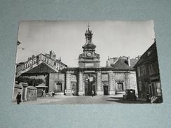 CPM, Carte Postale, Doubs 25, Pontarlier, Porte St Saint-Pierre, Animée, Publicité Pub BYRRH - Pontarlier