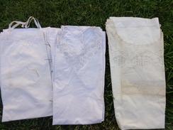 3 Chemises- Broderie Main Pour 2 Avec Prenom Leona Et Broderie Sur Tulle Pour La 3eme - Vintage Clothes & Linen