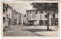 CPA - Surgères - Angle Rue Victor Hugo Et Rue Gambetta - FRANCO DE PORT - Surgères