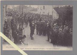 Vendée - Luçon - Militaire - Arrivée Du 1er Régiment De Dragons - Le Salut à L'étendard - Lucon