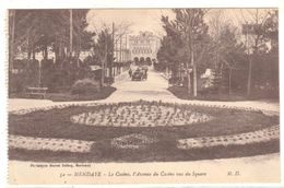 POSTAL   HENDAYE  -FRANCIA -EL CASINO Y  LA AV. DEL CASINO VISTO DESDE LA PLAZA (LE CASINO-L'AV.DU CASINO VUS DU SQUARE) - Hendaye