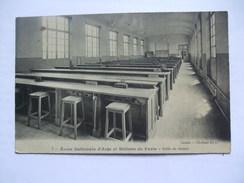 FRANCE - Paris - Ecole Nationale D`Arts Metiers De Paris - Salle De Dessin - France