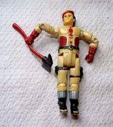 ANCIENNE Figurine GIJoe BERET ROUGE Vintage BON ETAT AVEC HACHE   PAS DE MARQUE LA HACHE A ETE RAJOUTEE - GI Joe