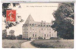 CPA 76 MONTCAUVAIRE  COLLEGE DE NORMANDIE MAISON POMMIERS   TBE     CP890 - France