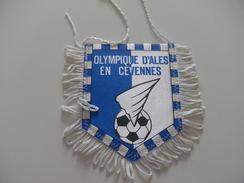 Fanion Football - O ALES - GARD - Habillement, Souvenirs & Autres